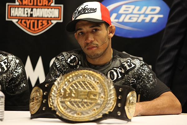 ufc wec mma featherweight champion jose aldo picture image