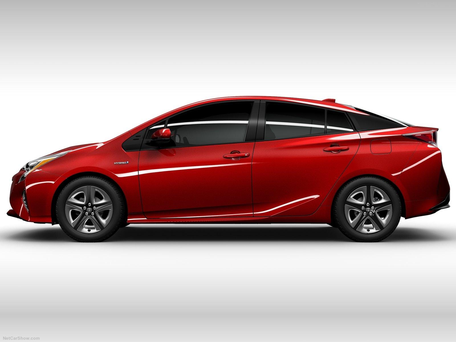 Hình ảnh xe ô tô Toyota Prius 2016 & nội ngoại thất