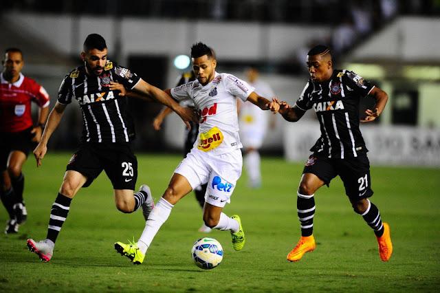Atletas do Corinthians lamentaram o mau desempenho na Vila Belmiro (foto: Sergio Barzaghi/Gazeta Press)