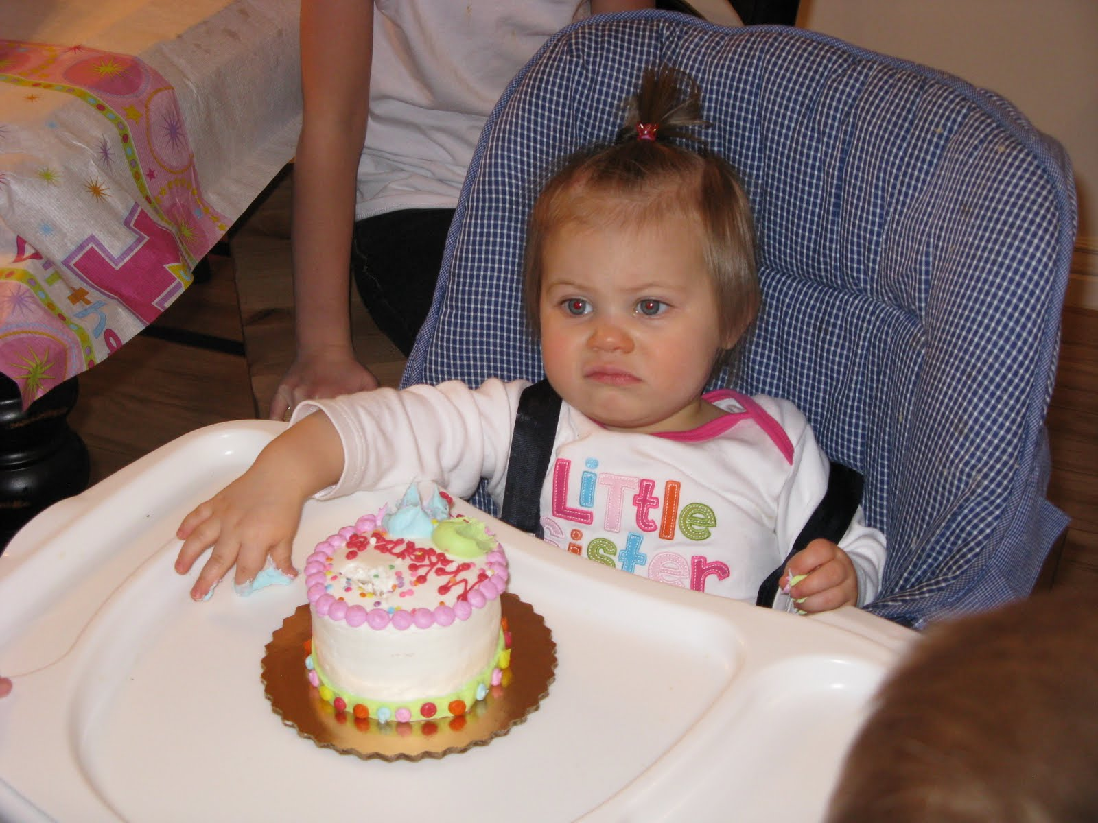 Tons And Heaps Mckenzies First Birthday
