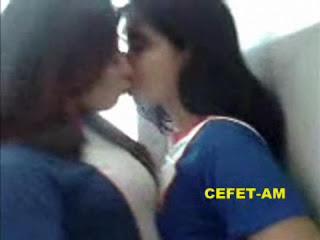 Flagra As Meninas do CEFET-AM no intervalo das Aulas - http://www.naoconto.com