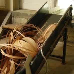 Banda transportoare pentru lemn