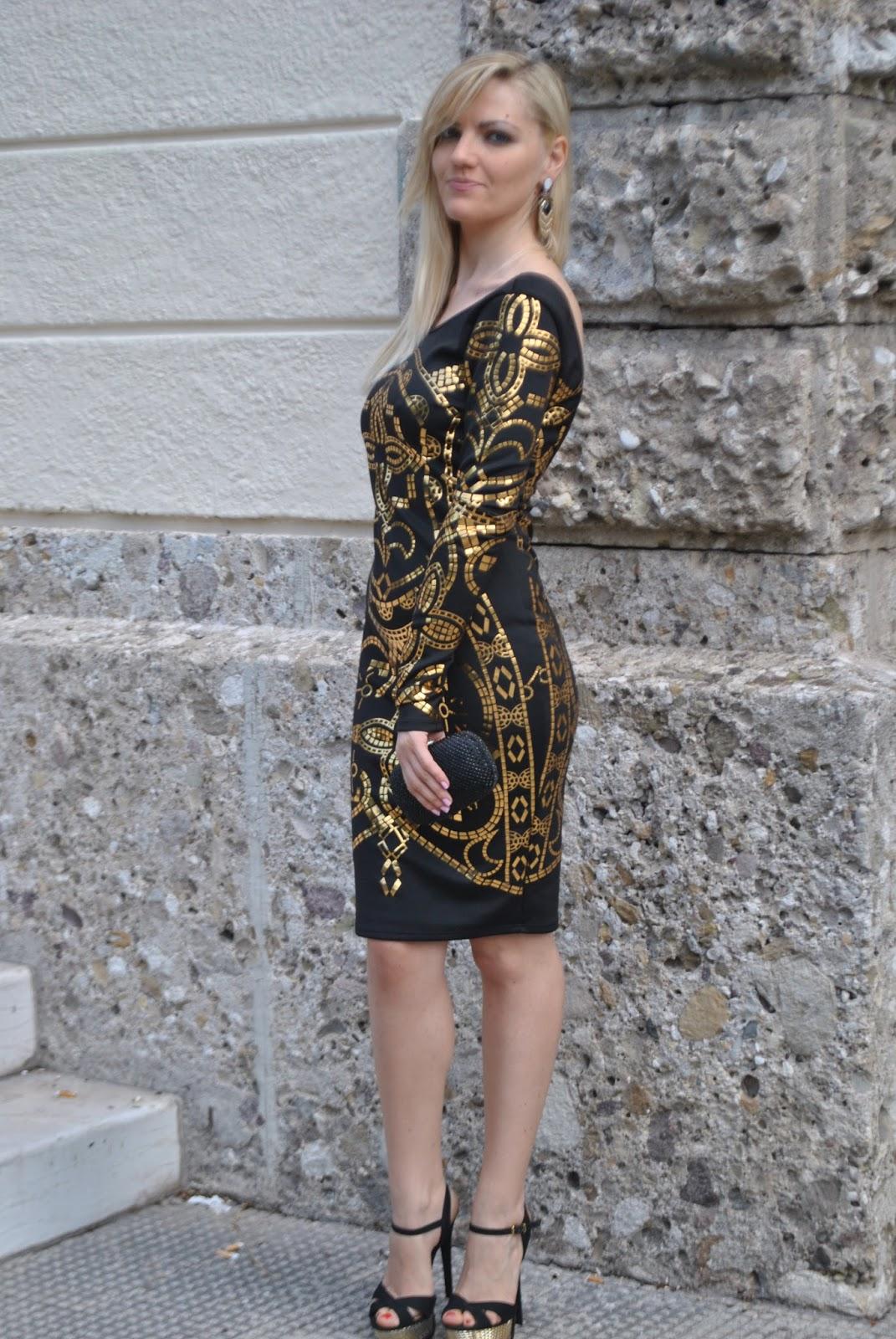 Accessori per vestito nero elegante