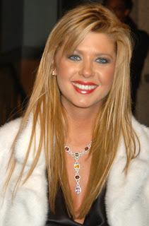 Tara Reid Hairstyle