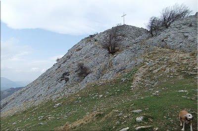 Los últimos metros para la cima de Hernio