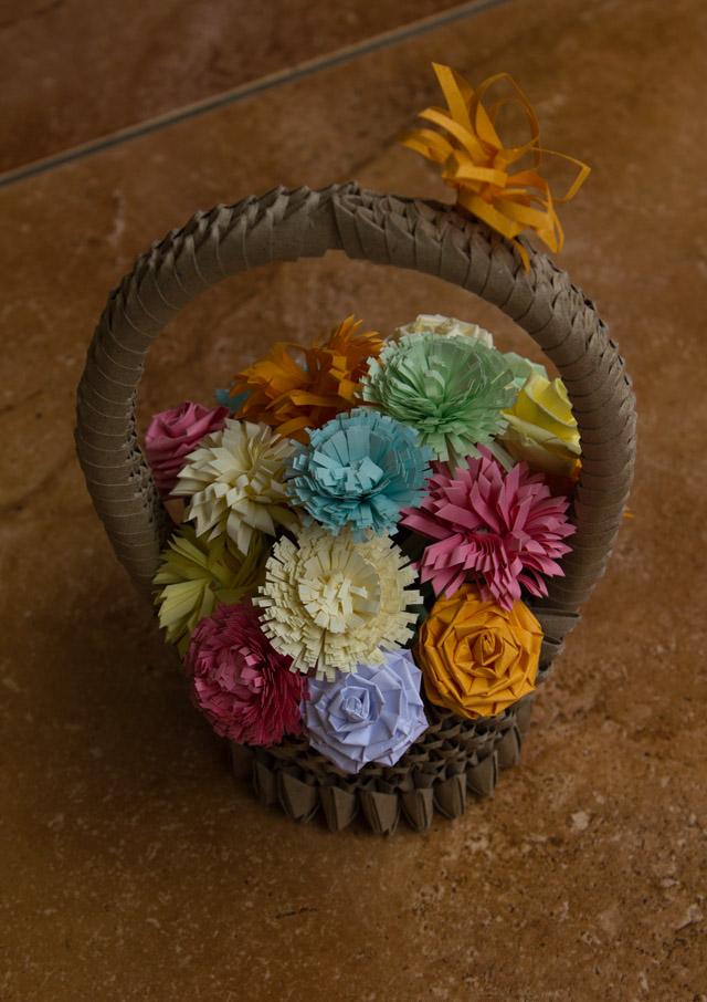 How To Make 3d Origami Flower Basket Tutorial : Pap?rvil?g origami kiskos?r vir?gokkal d