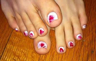dexter, red, white, blood, finger, print, opi, essie, lippmann, nail art, nail me, anna
