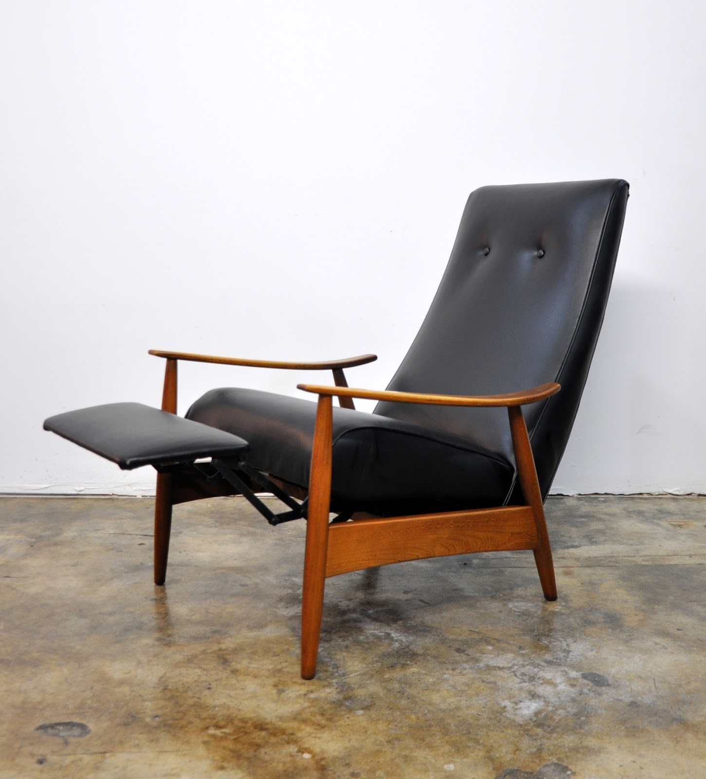Recliner Chair Design