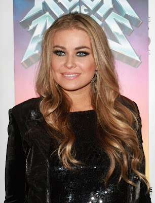 Carmen Electra In Black Nylons