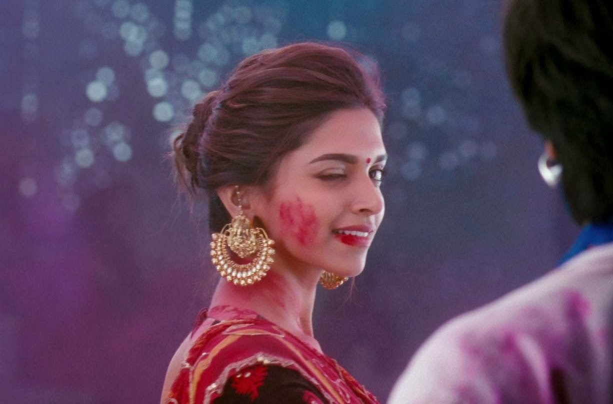 Deepika Padukone Latest Hot Pics: Deepika in Ram Leela ...