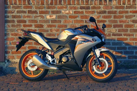 2011 Honda Cbr 125r Review