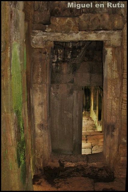 Templos-Angkor-Caras-Bayón_14