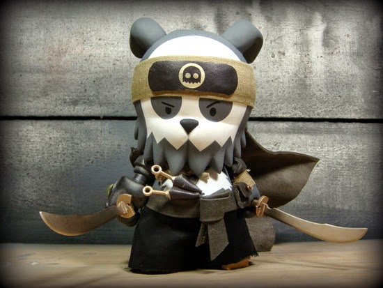 """The Ghostface Killer"" Detective Bunda Custom Vinyl Figure by Huck Gee"