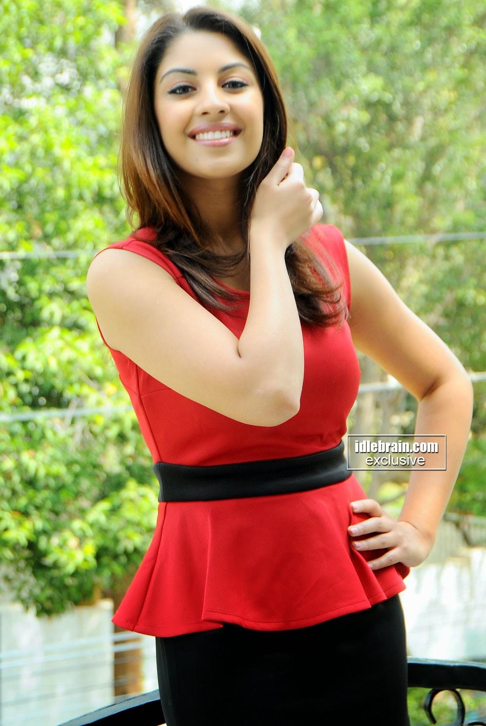 Richa Gangopadhyay cute