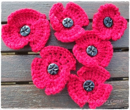 http://goodtimesithinkso.blogspot.co.uk/2009/10/crochet-remembrance-poppy.html