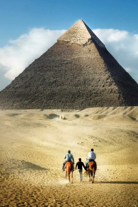 Great_Pyramid_of_Giza