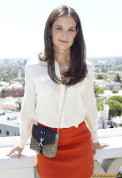 Katie Holmes aunch of Ann Taylor Summer 2011 Collection