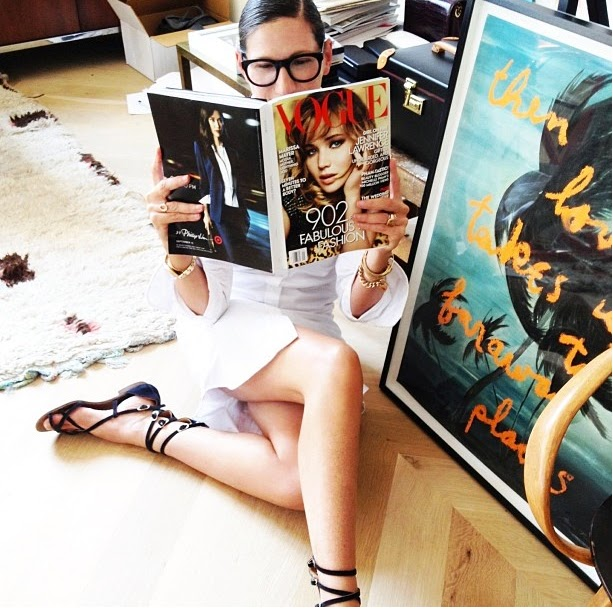 J.Crew designer, Jenna Lyons, reading her September Issue