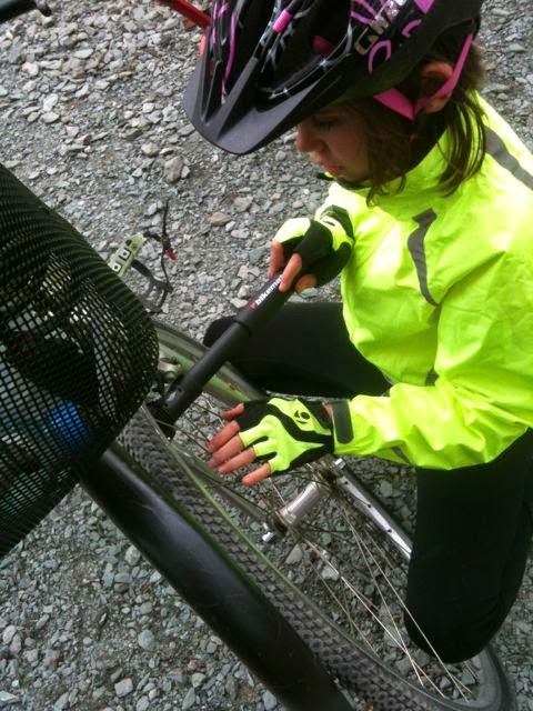 learning how to pump bike tyres