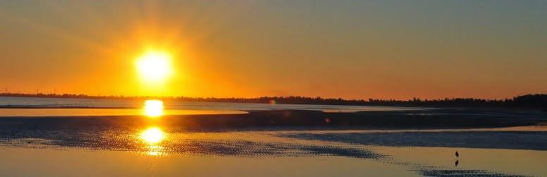 Atardecer en Playa Penino - Ciudad del Plata - Uruguay