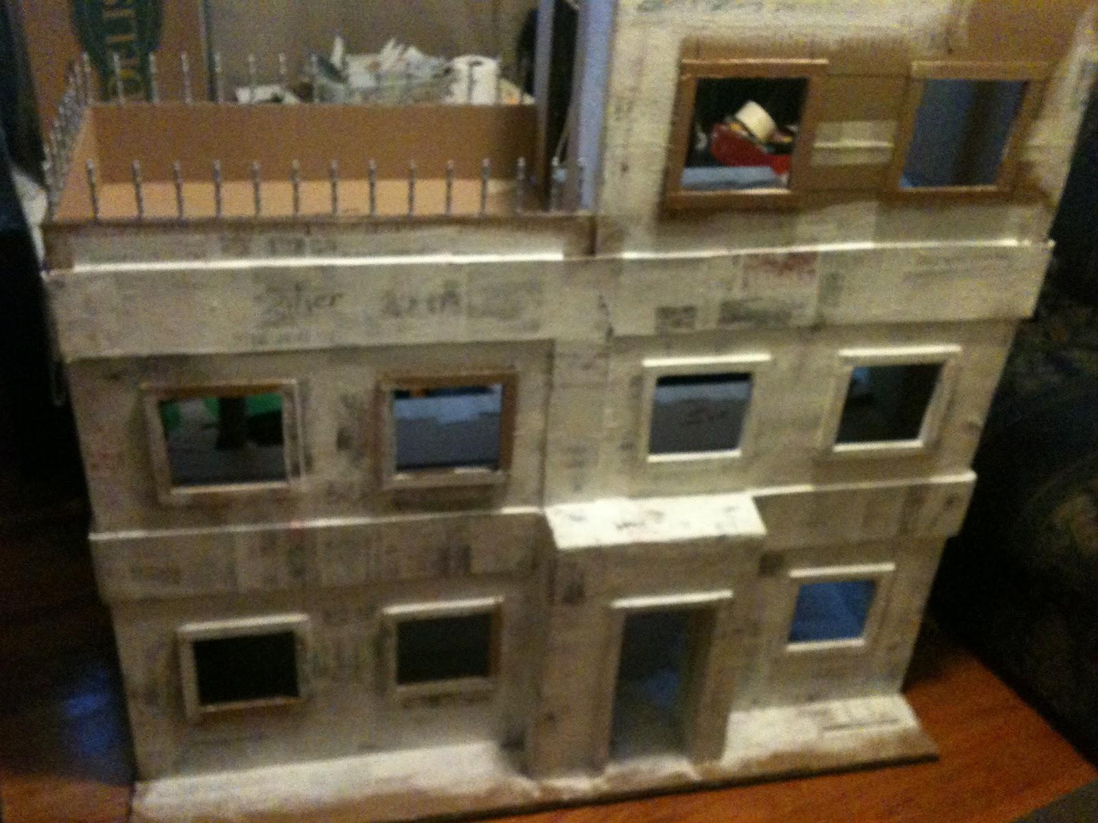 Lolas Mini Homes Monster High Dollhouse
