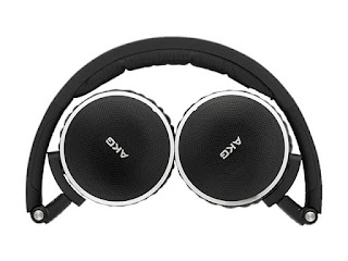 AKG Noise Cancelling Headphone