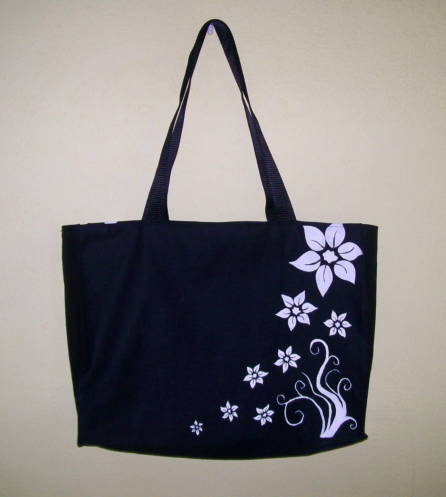 Bolsa De Tecido Forrada : Pintando e bordando com a arte bolsa preta florzinhas
