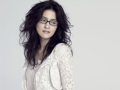 Black Glasses Angela Aki