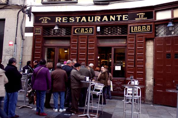 restaurante casa labra buñuelos de bacalao en madrid