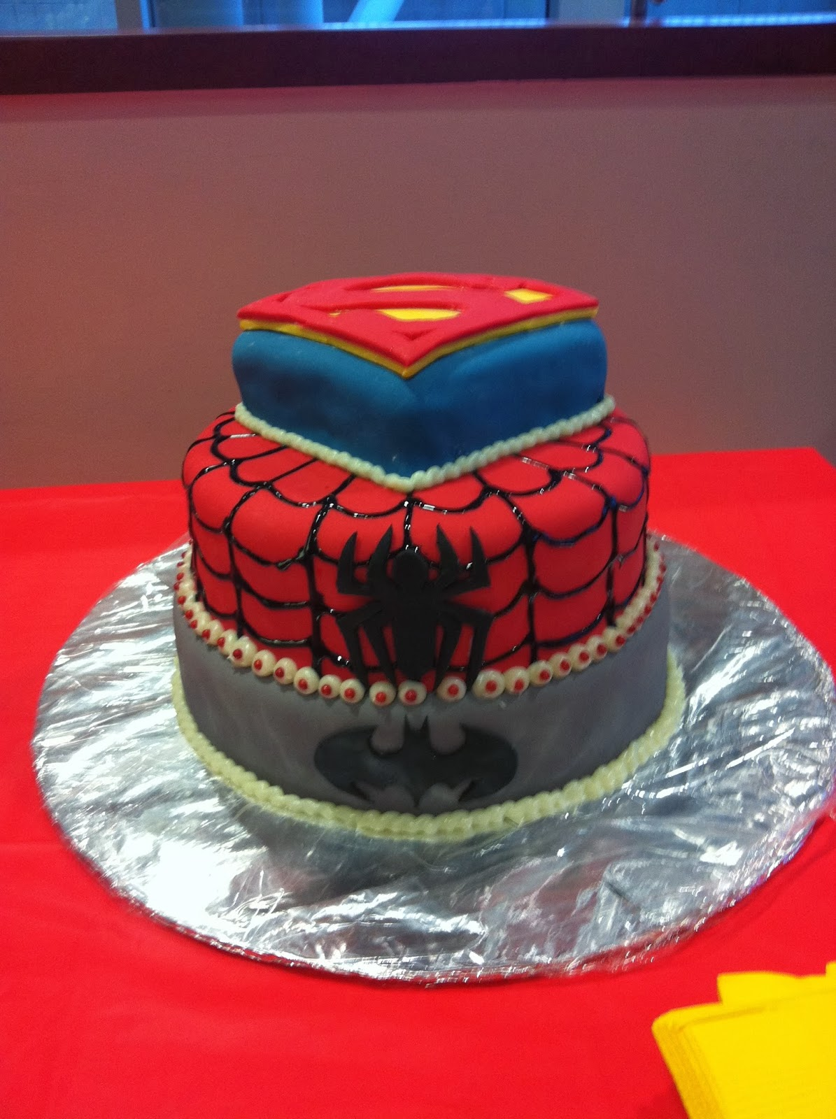 Delish Custom Cakes Boys Superhero Party