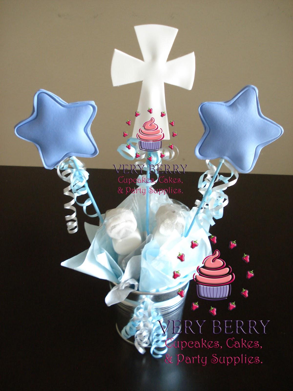 Veryberry cupcakes blue baptism fomi centerpiece - Simple baptism centerpieces ...