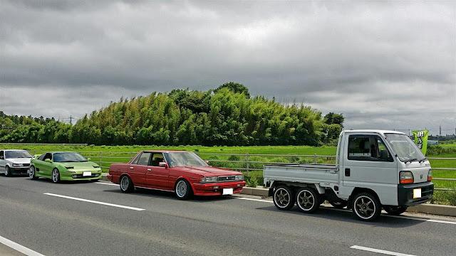 Honda Acty Crawler, kei truck, auto z gąsienicami, sześciokołowe
