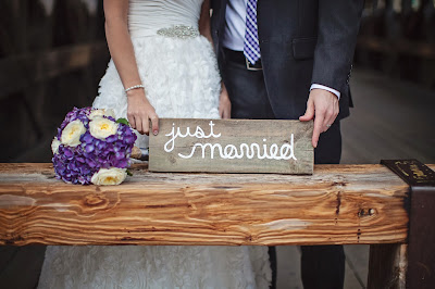 just married reclaimed wood sign3