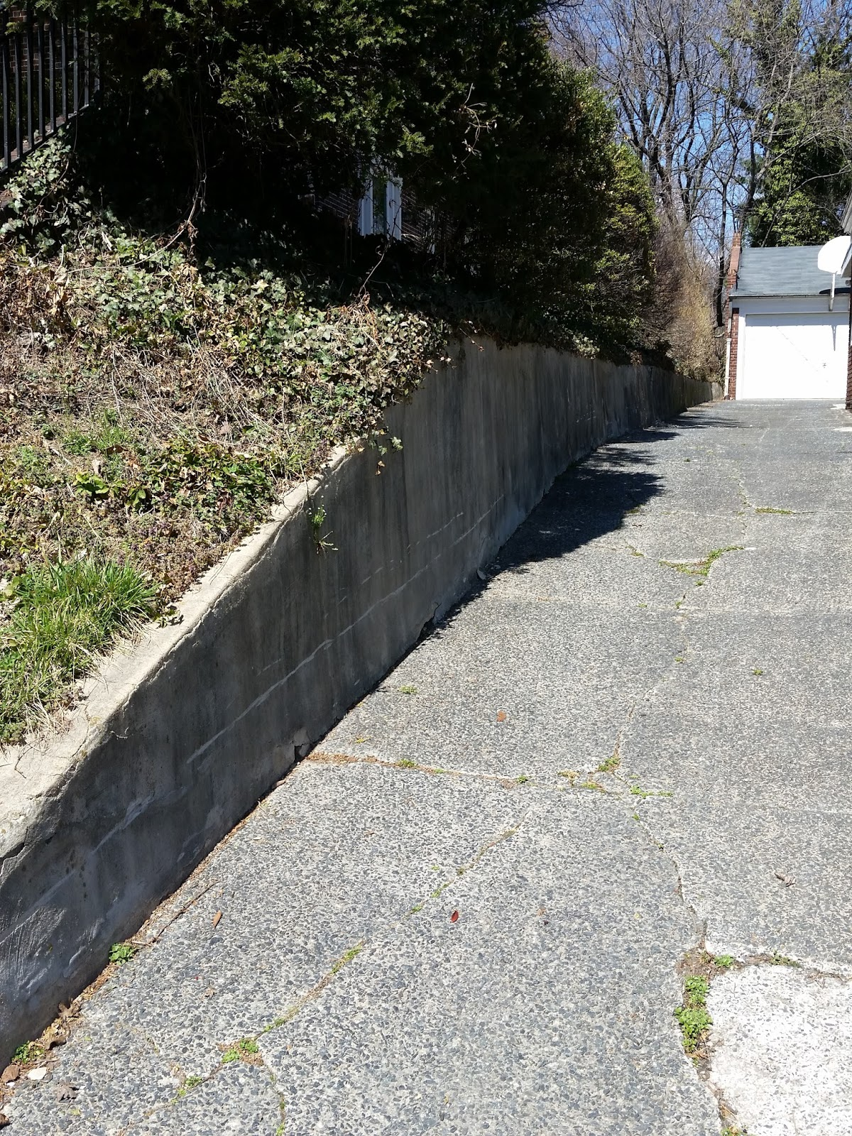 Custom Stoneworks Design Inc Retaining Walls installed