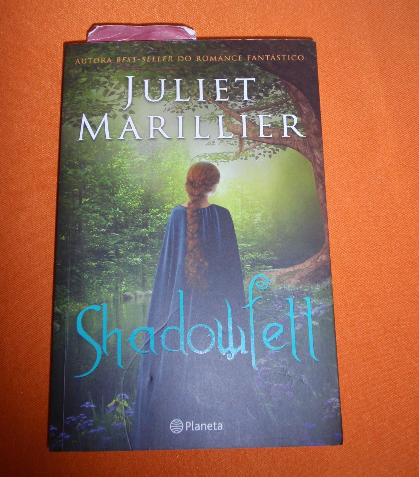 """""""Shadowfell"""", de Juliet Marillier é o 1º livro da trilogia com o mesmo nome."""