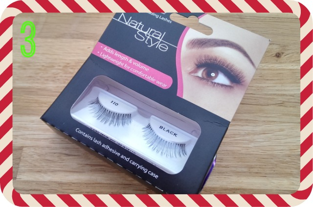 Prize 3 - Ardell lashes