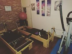 ENTRENAMIENTO Pilates Reformer, Estiramiento, Reeducación Postural, Aeróbico, TRX, Barra de Pared