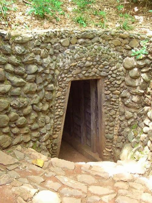 underground wonders of Vietnam, vietnam tunnels, vietnam beautiful caves