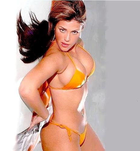 image Amrita arora in bikini khanki