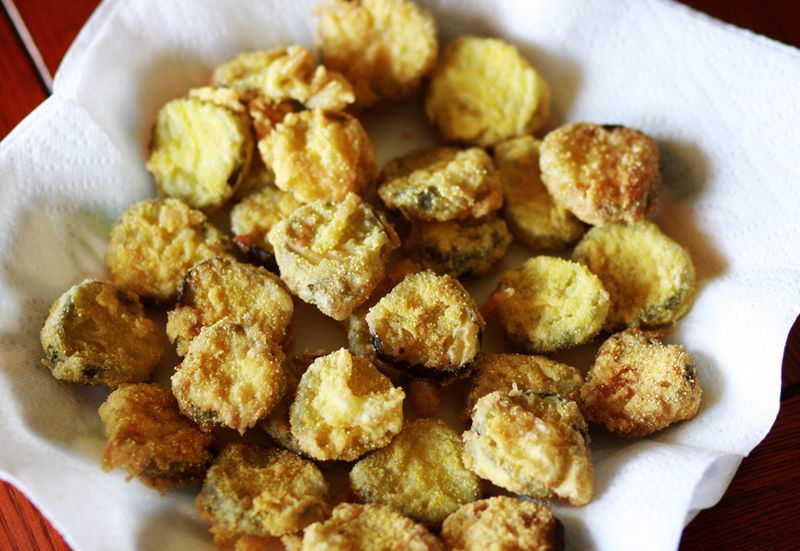 how to make fried pickles crispy