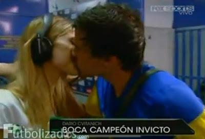 Beso Cecilia Bonelli