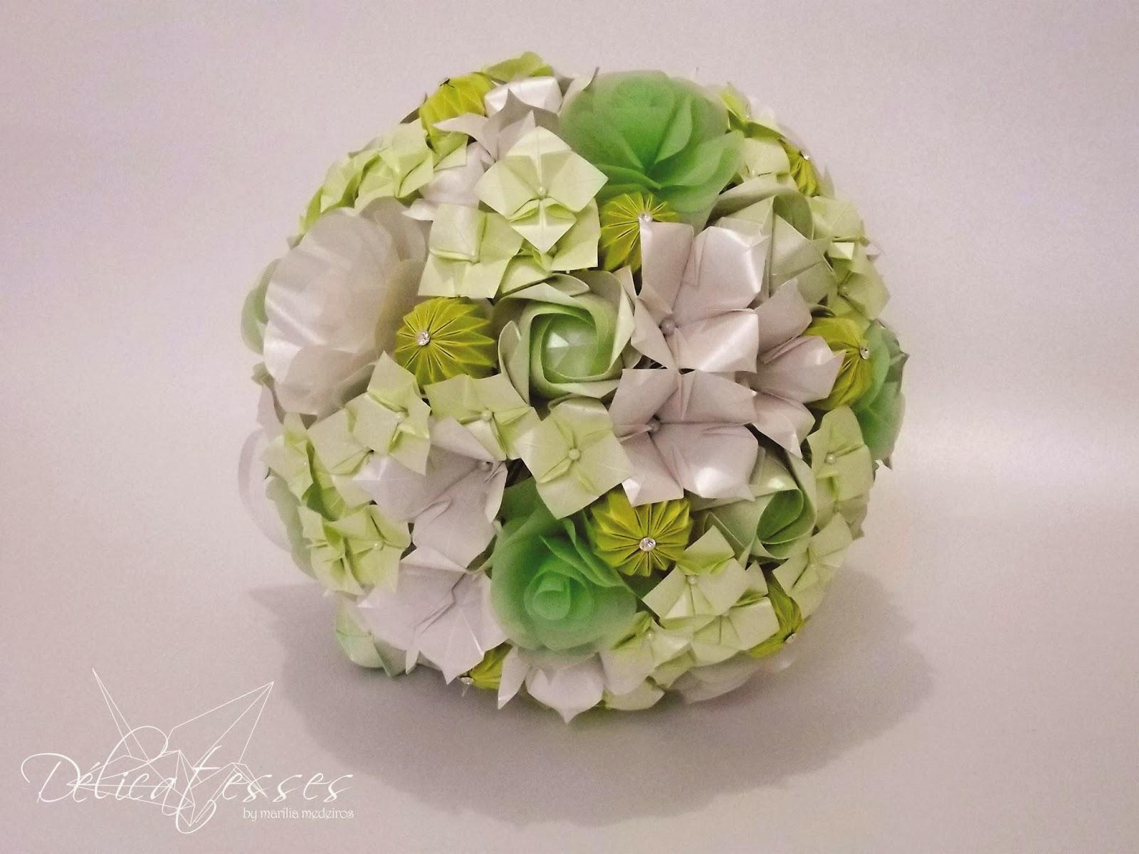 buquê de papel verde