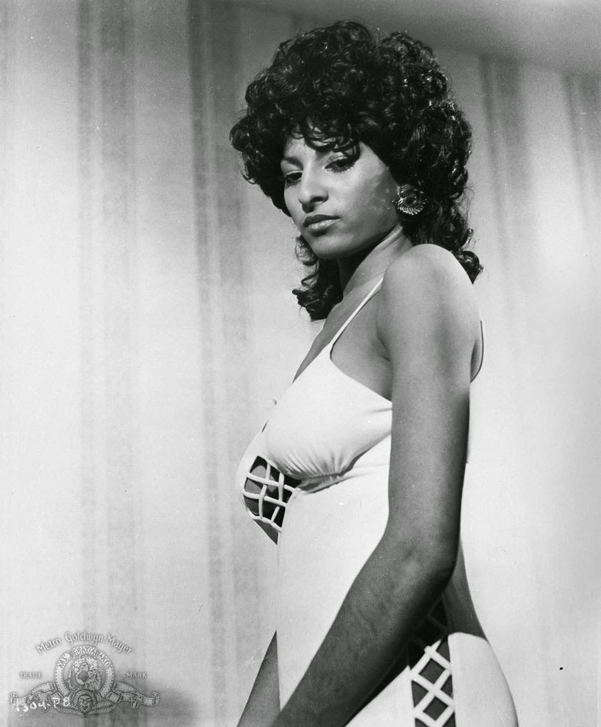 coffy pam grier with - photo #8