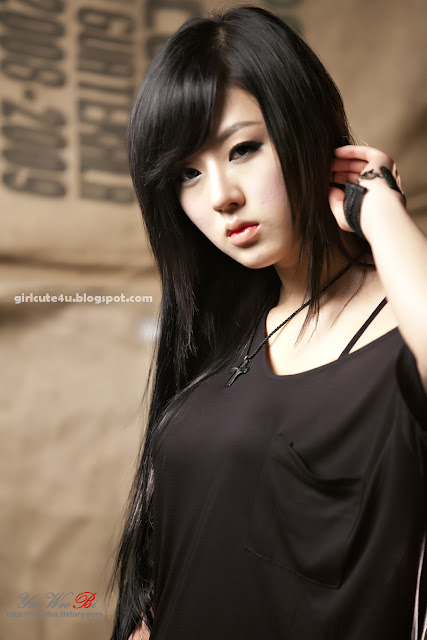Hwang-Mi-Hee-Heart-Leggings-16-very cute asian girl-girlcute4u.blogspot.com