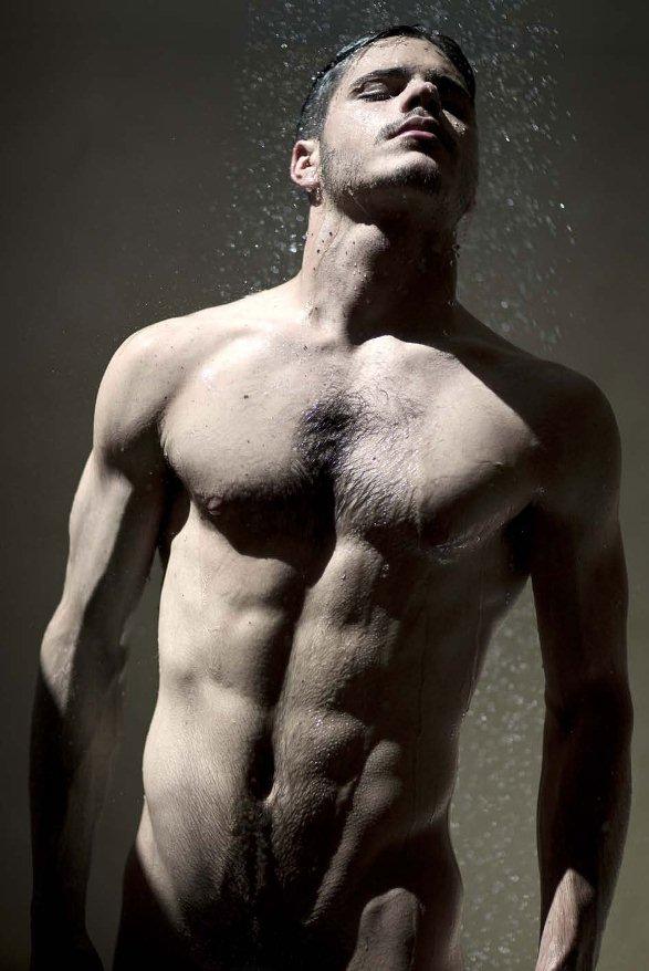 Мокрые голые парни фото 53102 фотография