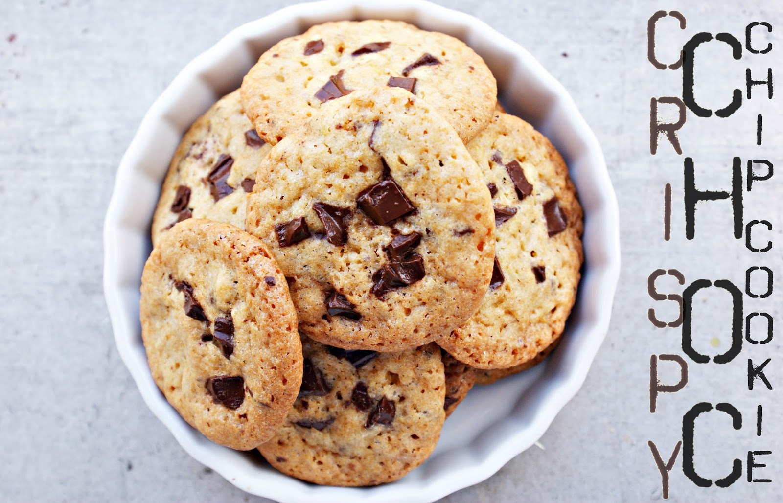 Kuchenkoma: Classic Crispy Chocolate Chip Cookie