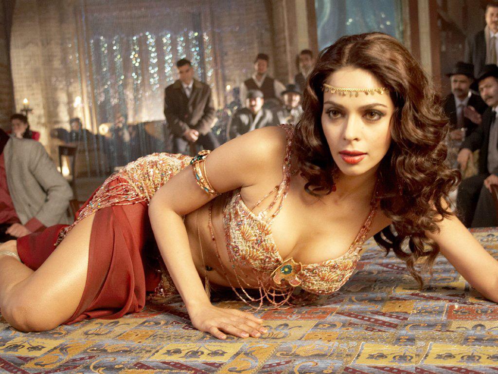slicypics: indian actress mallika sherawat photos