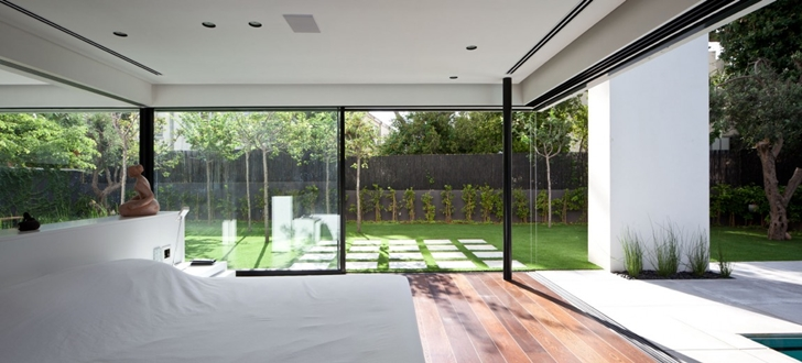 Bedroom in Modern Bauhaus Mansion In Israel
