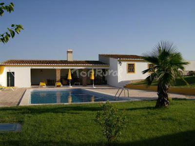 Decoraciones de casas dise o de casas de campo for Diseno de piscinas para casas de campo