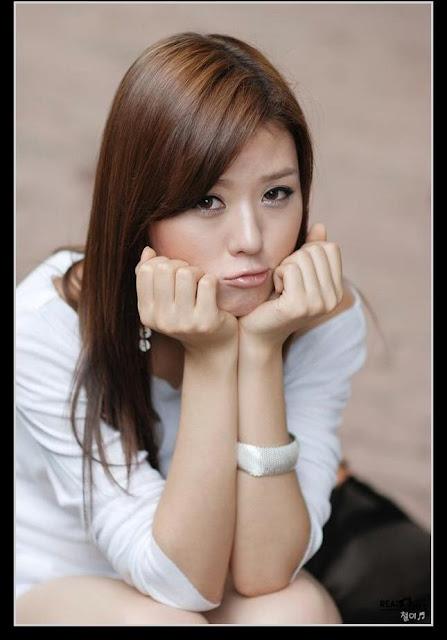 Foto Seksi Hwang Mi Hee Model Asal Korea - Berbagi